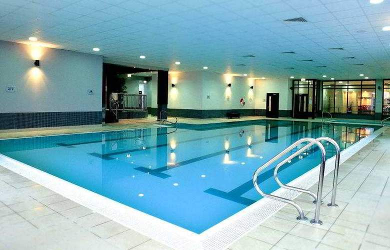 Claregalway Hotel - Pool - 14