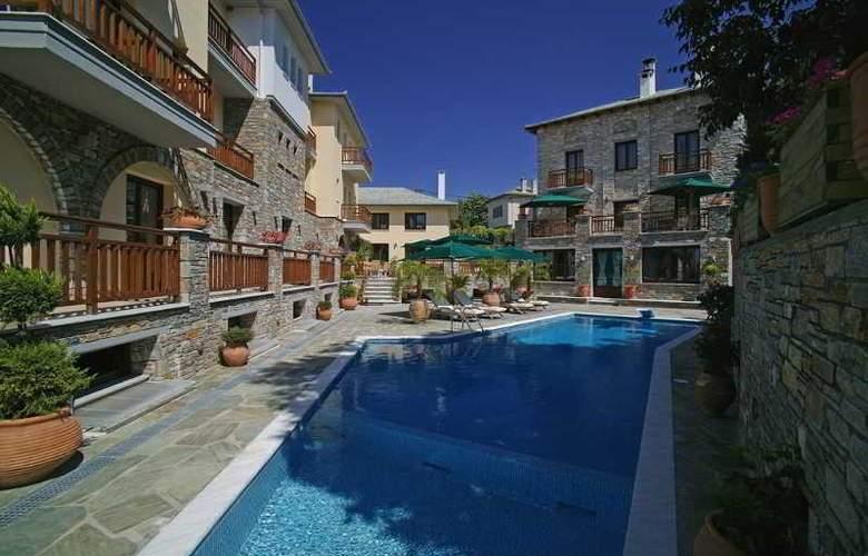Maritsas Hotel Suites - Pool - 2