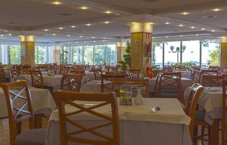 Sirenis Tres Carabelas & SPA - Restaurant - 5