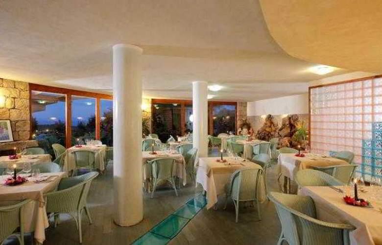 Family Hotel Sporting Tanca Manna - Restaurant - 11