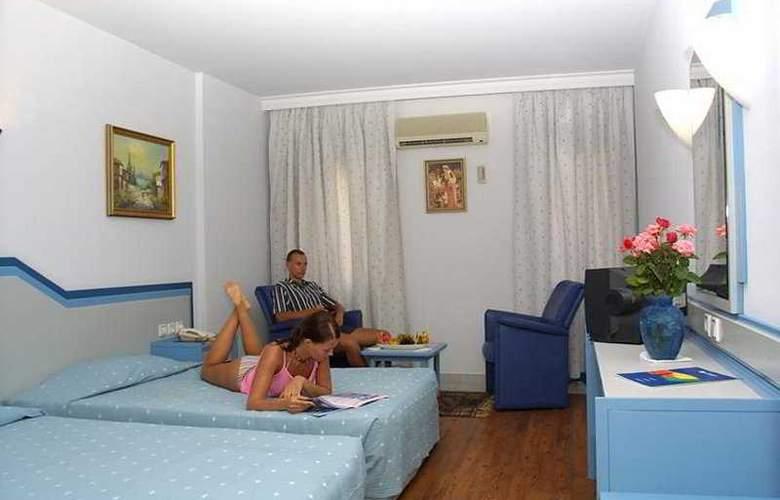 Karat Hotel - Room - 1