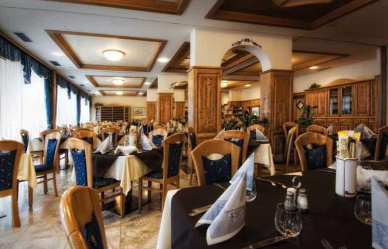 Everest - Restaurant - 3