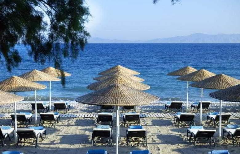 Sheraton Rhodes Resort - Beach - 4