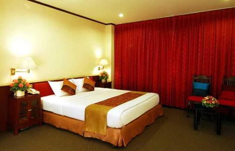 Suriwongse Tower Inn - Room - 7