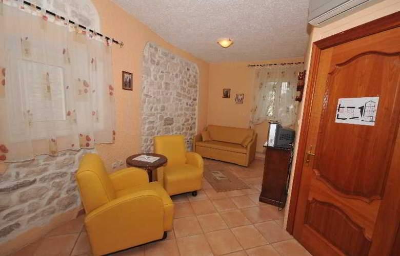 Palace Derossi - Room - 12