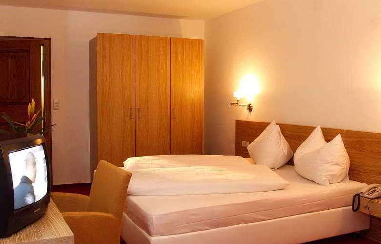 Schonblick - Room - 5