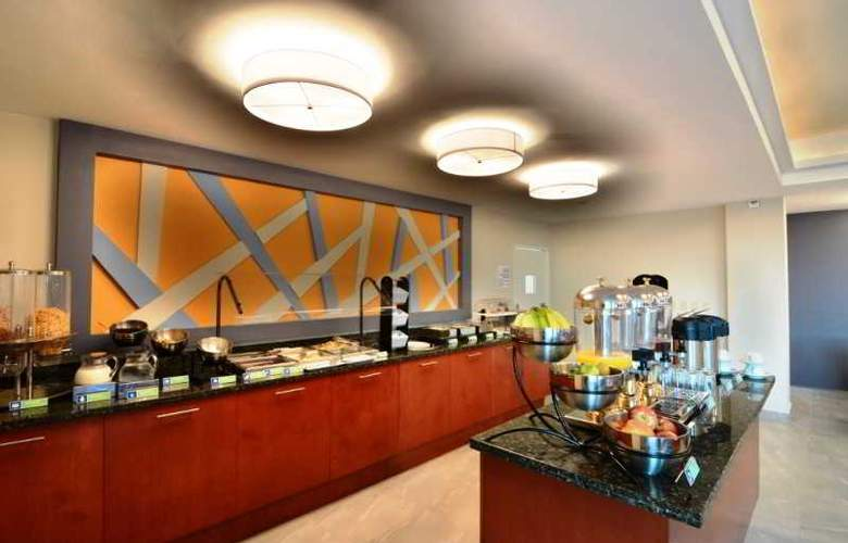 Holiday Inn Express Cabo San Lucas - Restaurant - 3