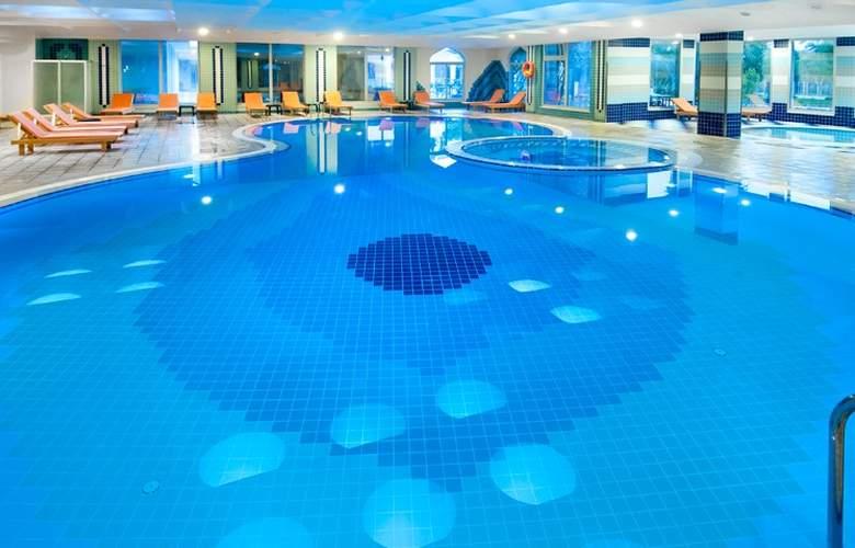 Belconti Resort - Pool - 5