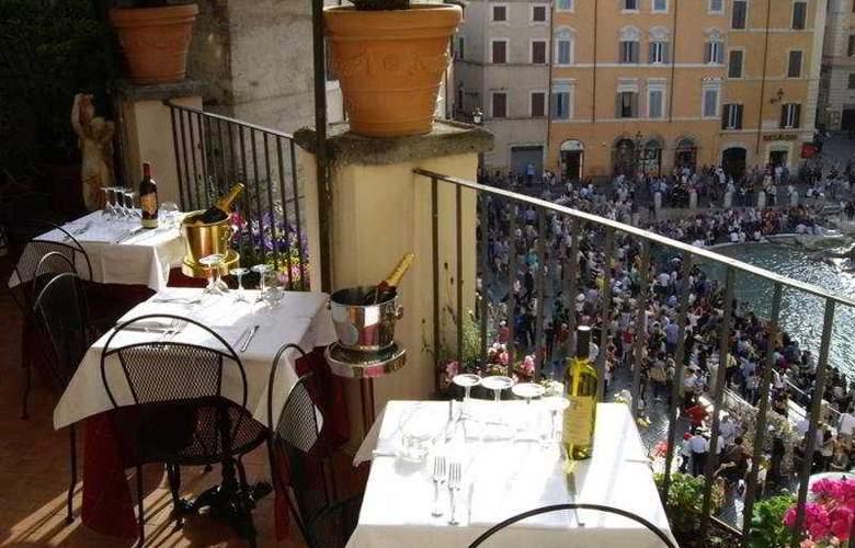 Relais Fontana di Trevi - Terrace - 7