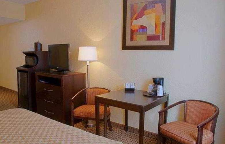 Best Western Universal Inn - Hotel - 10