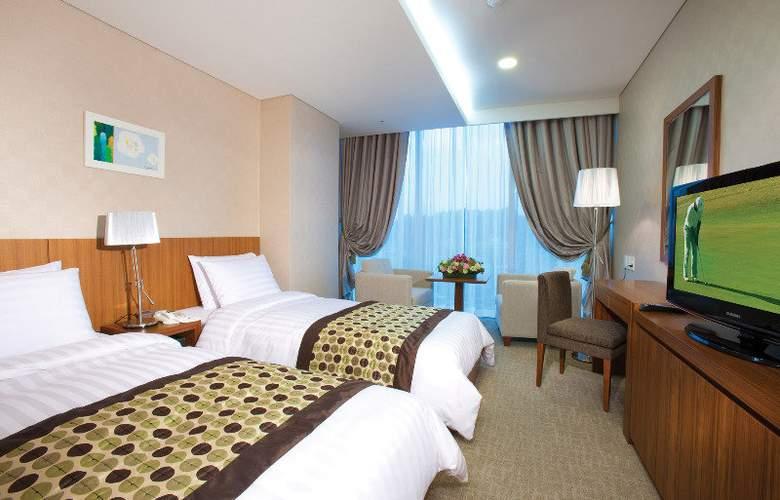 Harbor Park Hotel - Room - 2
