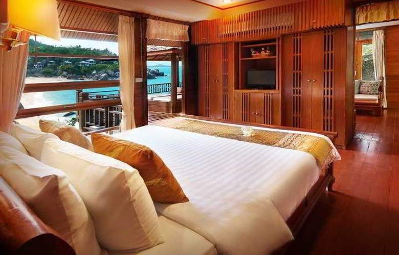 Coral Cove Chalet - Room - 3