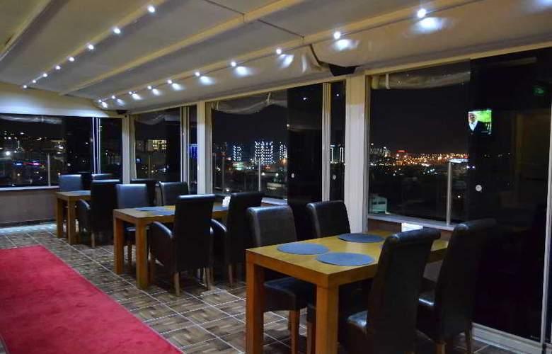Airboss Hotel - Bar - 2