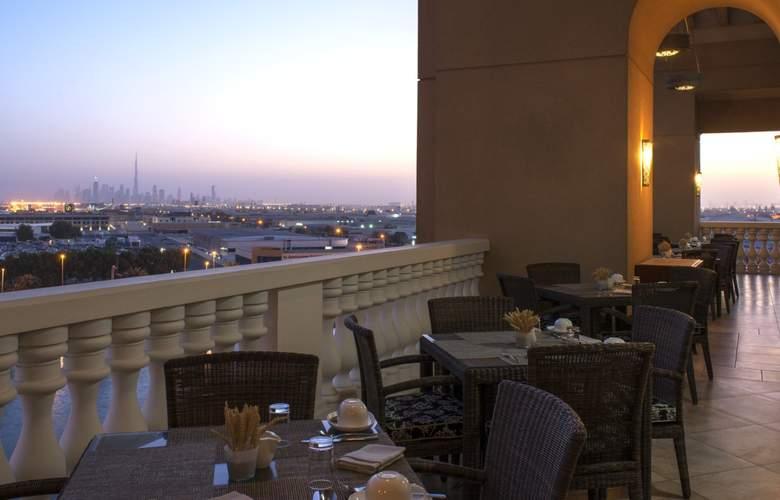 Sheraton Dubai Mall of the Emirates - Terrace - 6