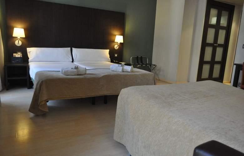 Atiram Oriente - Room - 16