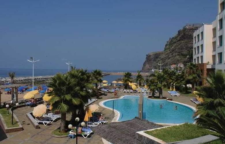 Calheta Beach - Pool - 3