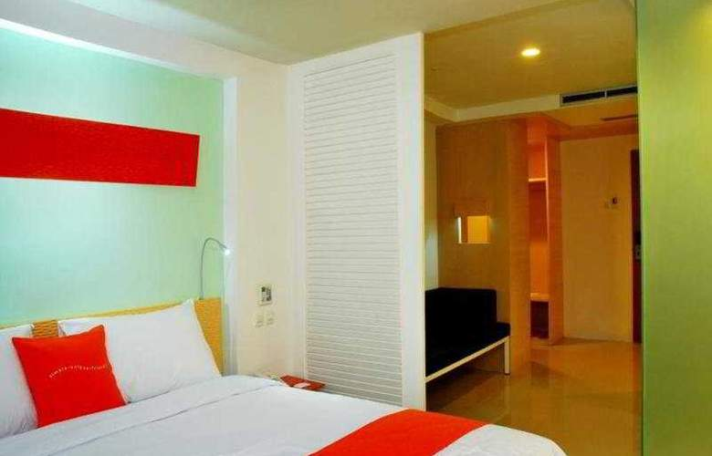 Harris Hotel & Residences Riverview Kuta - Room - 4