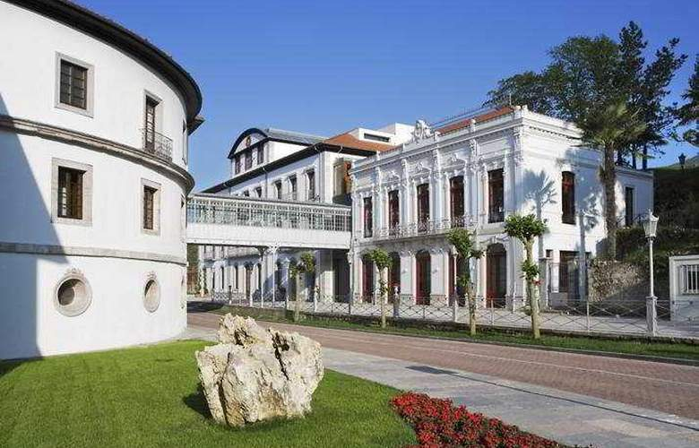 Gran Hotel Las Caldas Wellness Clinic - Hotel - 0