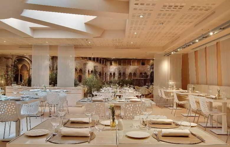 Rafael Hoteles Badalona - Restaurant - 43