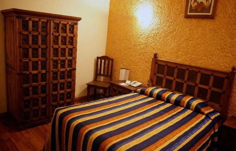 Señorial - Room - 2