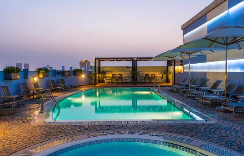Coral Deira Dubai - Pool - 34