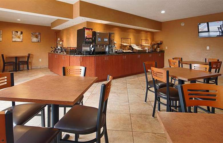 Best Western Ambassador Inn & Suites - Restaurant - 75