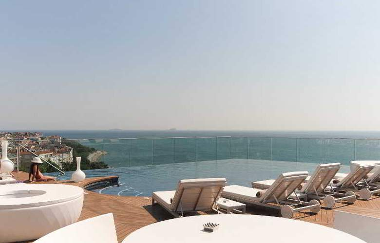 Doubletree by Hilton Istanbul Moda - Pool - 9
