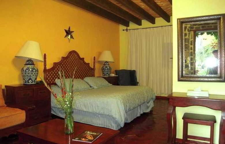 Hacienda de las Flores - Room - 8