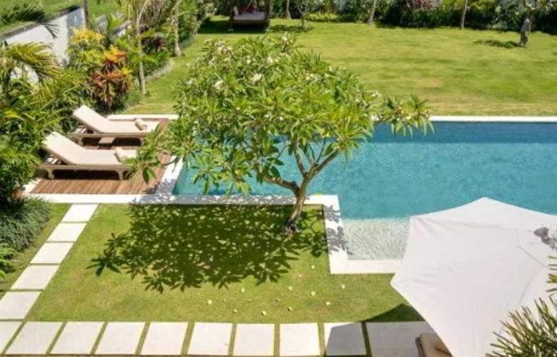 Villa Bahagia - Pool - 4
