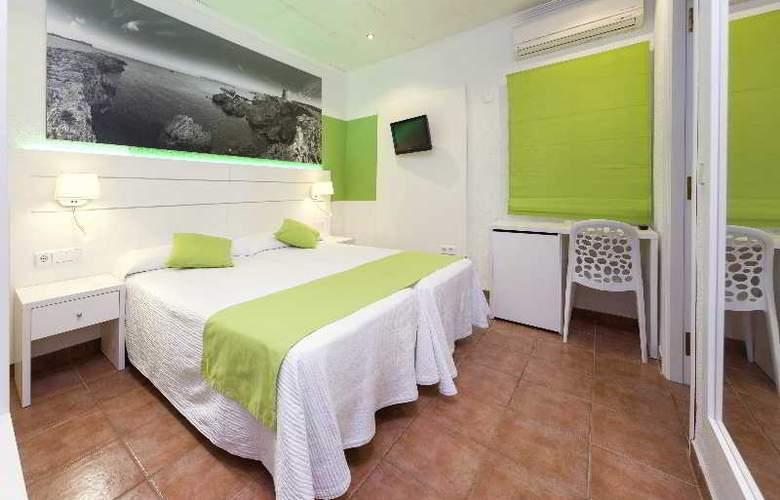 Hostal Adelino - Room - 9