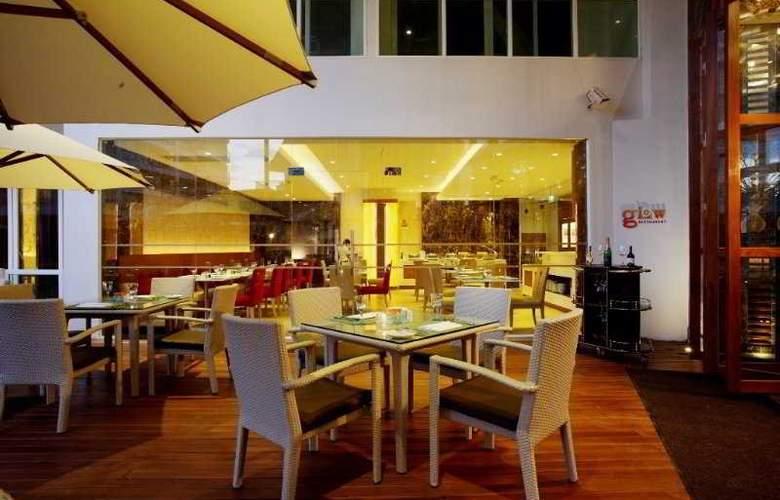 Centara Nova Hotel and Spa Pattaya - Restaurant - 28