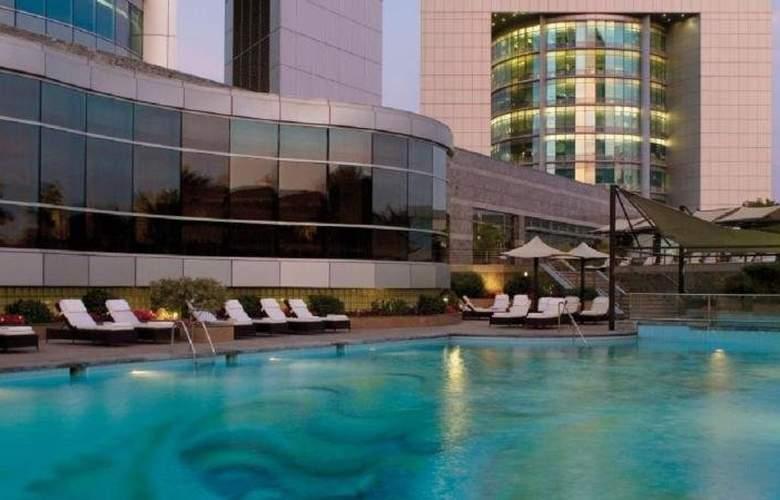 Jumeirah Emirates Towers - Pool - 25