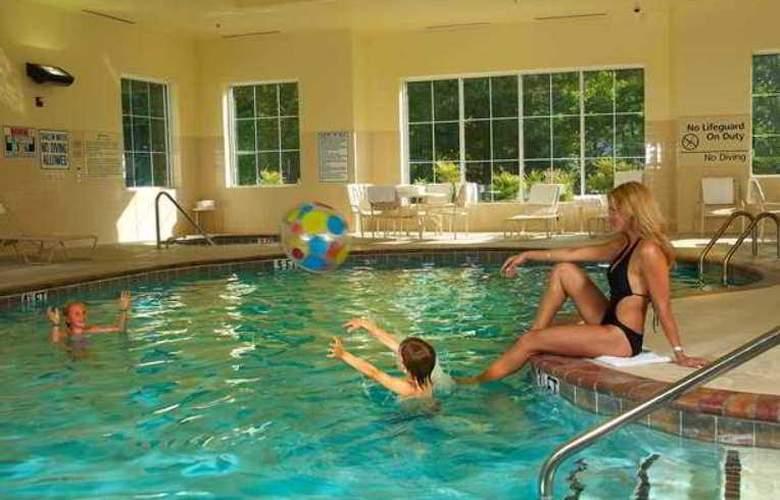 Hampton Inn & Suites Cashiers-Sapphire Valley - Hotel - 3