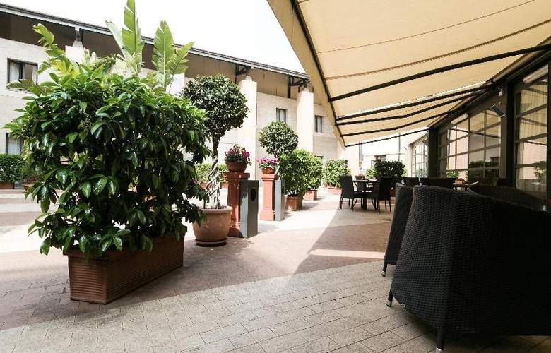 Holiday Inn Express Rome San Giovanni - Restaurant - 21