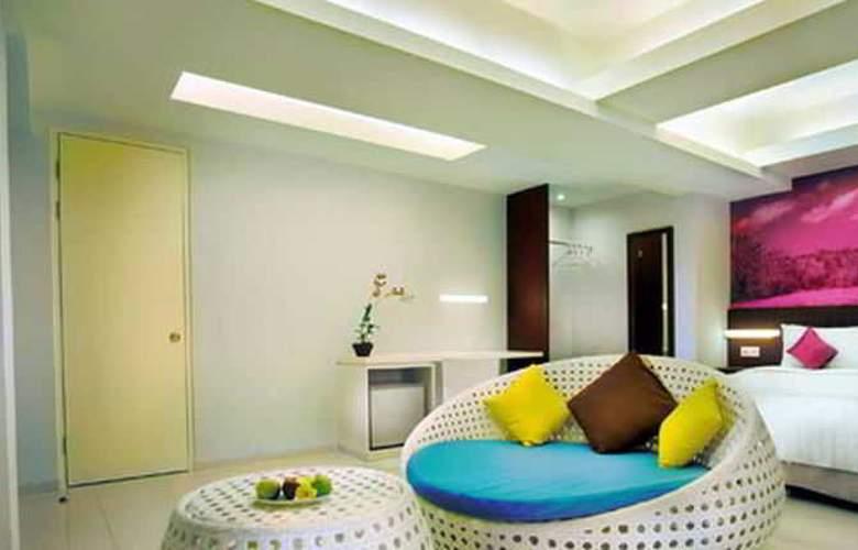 Fave Hotel Seminyak - Room - 3