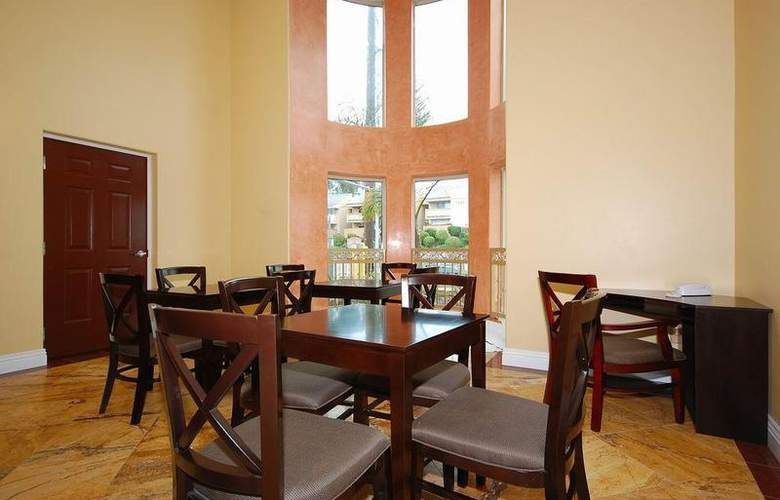 Best Western Burbank Airport Inn - Restaurant - 35