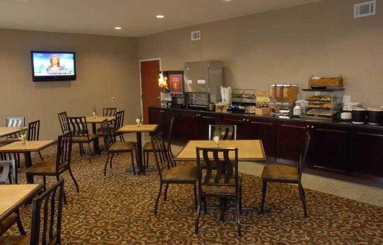 Best Western Mountain Villa Inn & Suites - Hotel - 3
