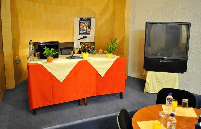 Arahova Inn - Conference - 7