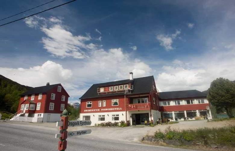 Dragsvik Fjordhotel - Hotel - 0