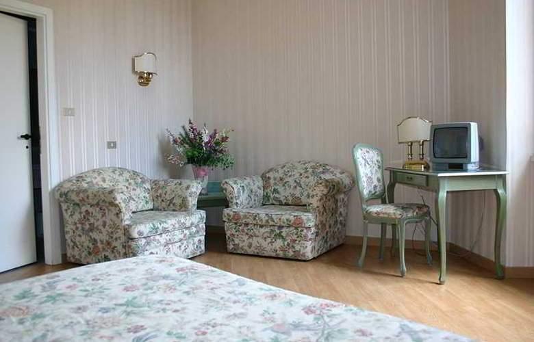 Prime Hotel Villa Torlonia - Room - 4