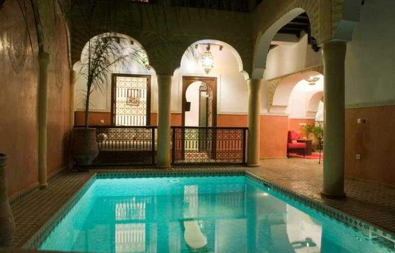 Riad Itrane - Pool - 4