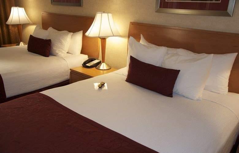 Best Western Plus Innsuites Phoenix Hotel & Suites - Room - 27