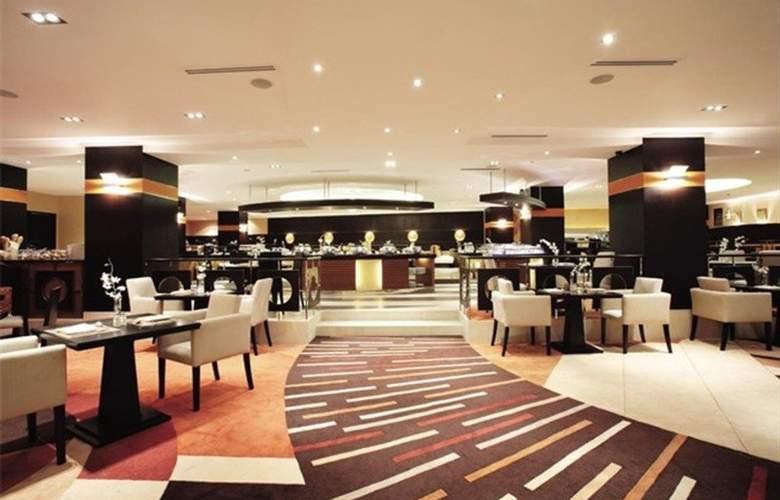 Traders Hotel Manila - Restaurant - 14