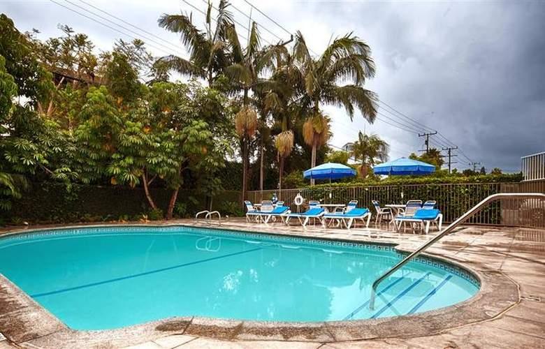 Best Western Newport Mesa Hotel - Pool - 121