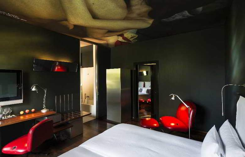 The Hotel - Room - 5