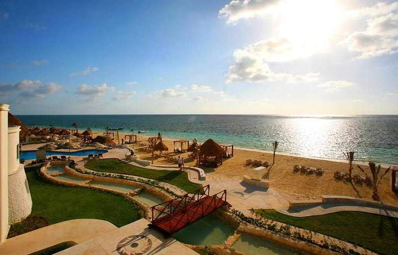 Azul Beach & Hotel Resort Gourmet All Inclusive - Beach - 6