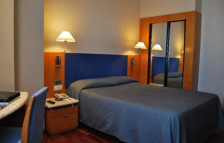 Villacarlos - Room - 7