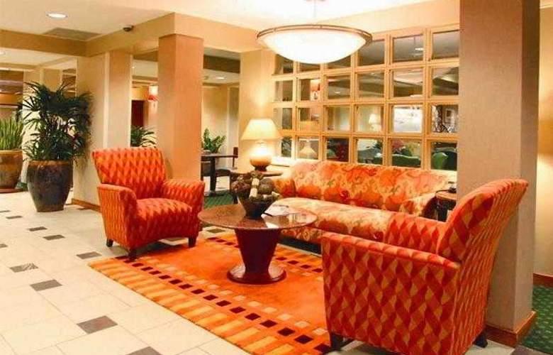 Courtyard Charlotte Matthews - Hotel - 7