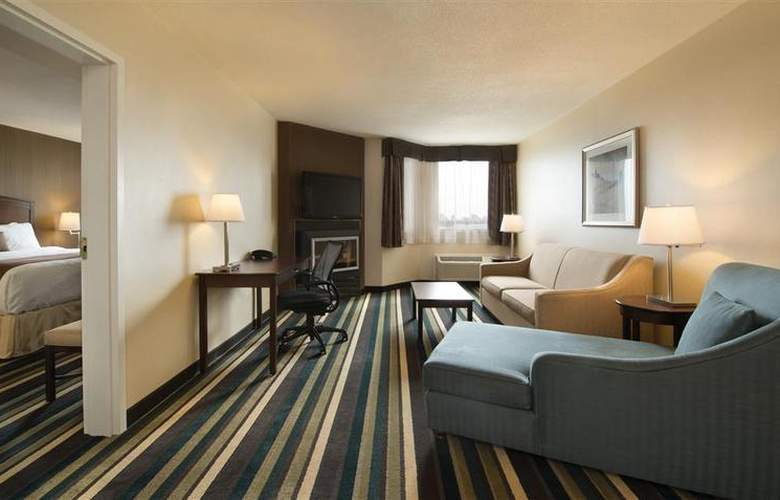 Best Western Plus Winnipeg Airport - Room - 6