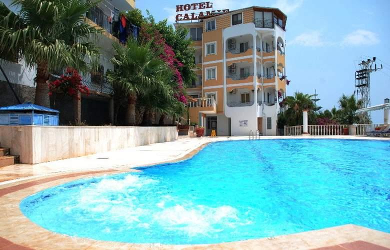 Calamie Hotel - Pool - 3